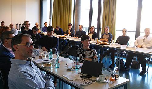 interessiertes Publikum aus Unternehmen und Studierende beim 8. IMS-Frühstück