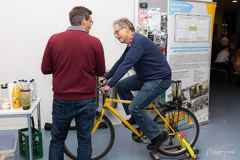 Smoothie Bike: Selbstgemachter Frischekick mit unsrem Smoothie Bike